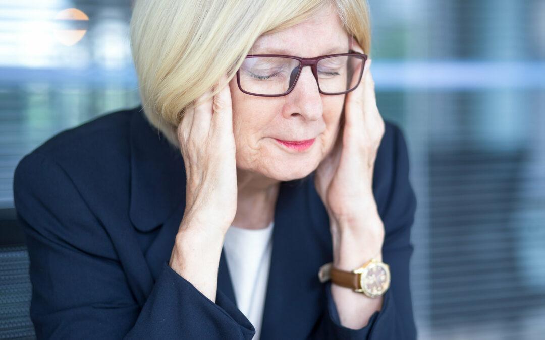 Ældre medarbejdere har smerter hver uge